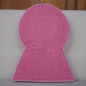 画像1: 古墳クッション ラージ ピンク◆はるこ(桜の古墳)◆